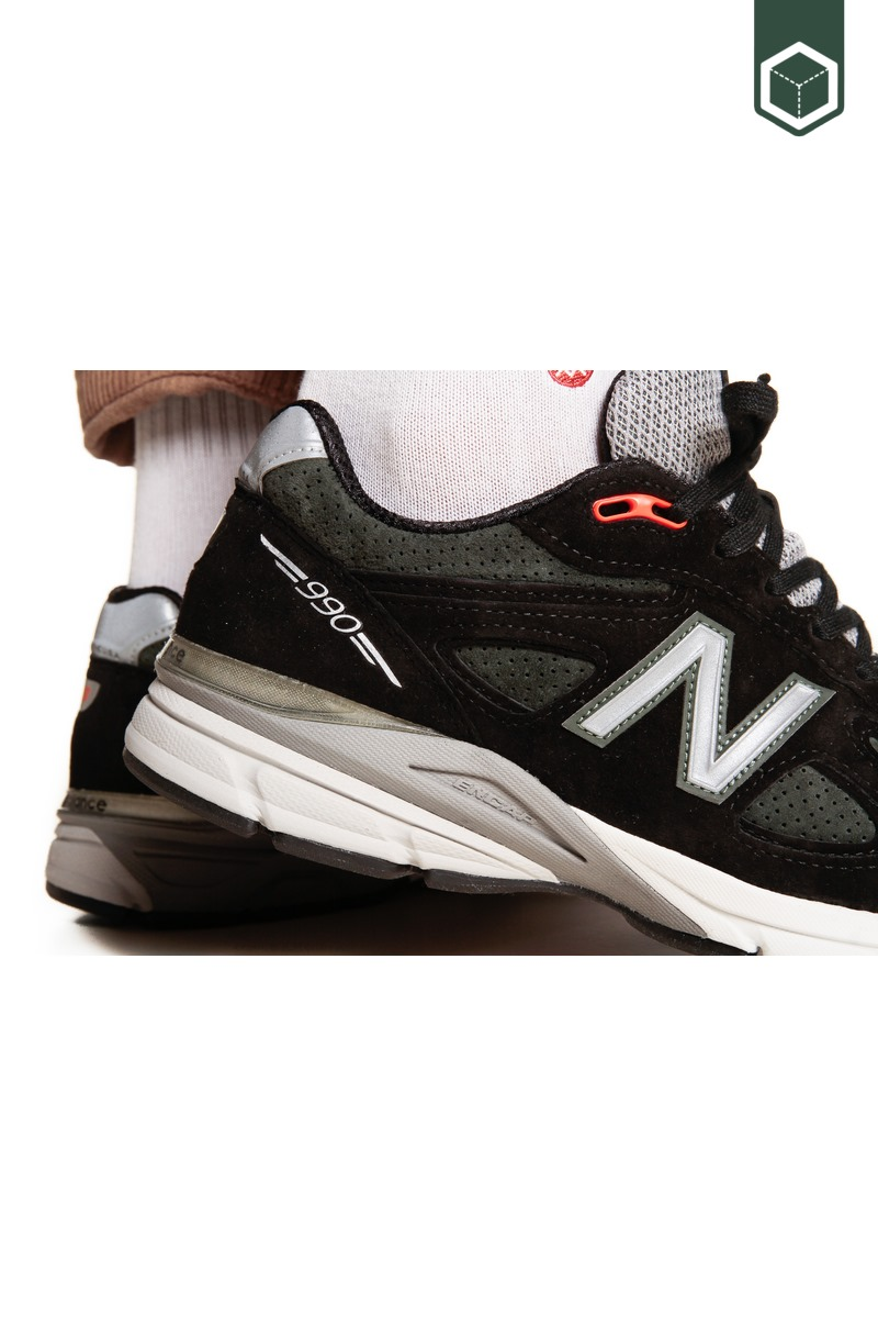 New Balance M990 (Made in USA) Rosin