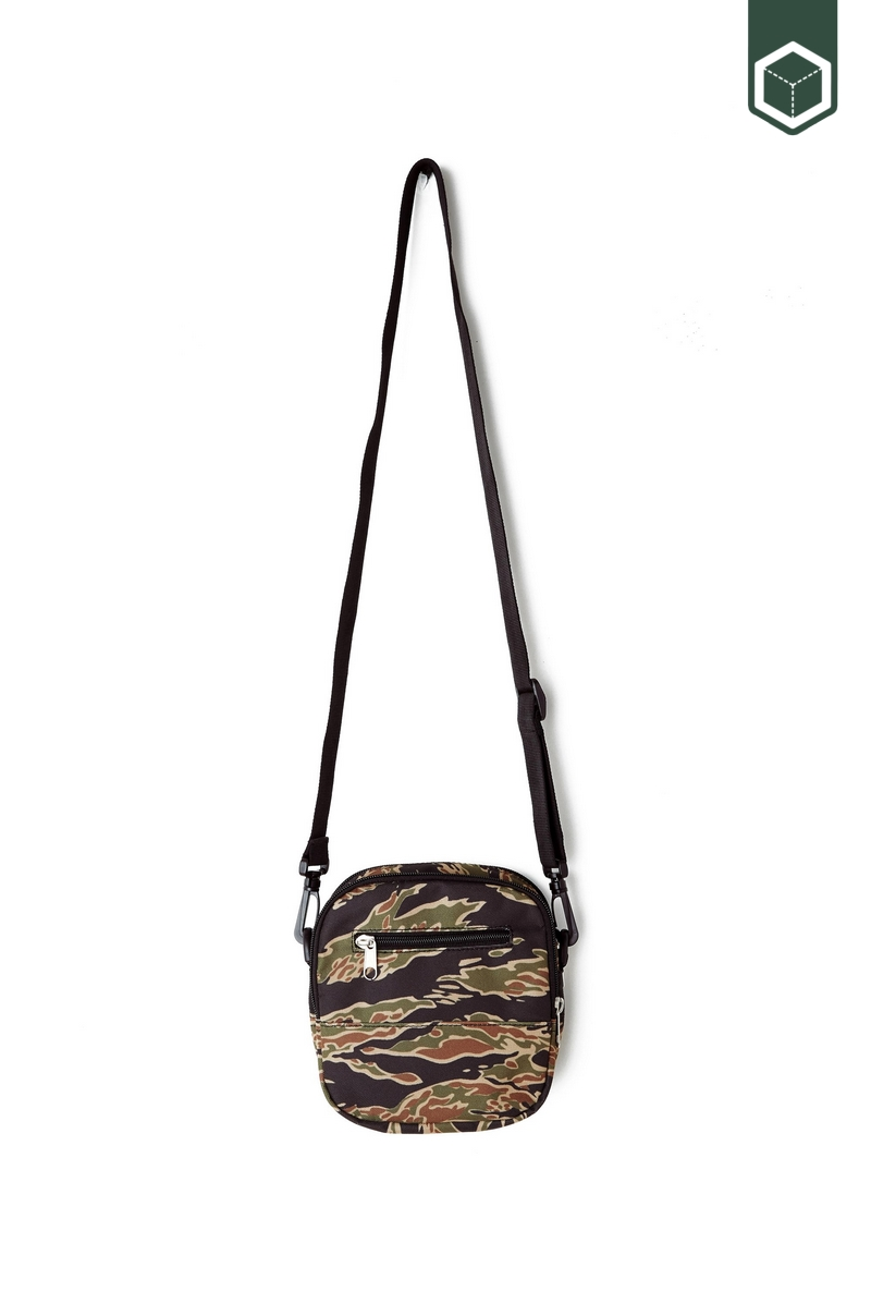 Obey Drop Out Traveler Bag  Tiger Camo