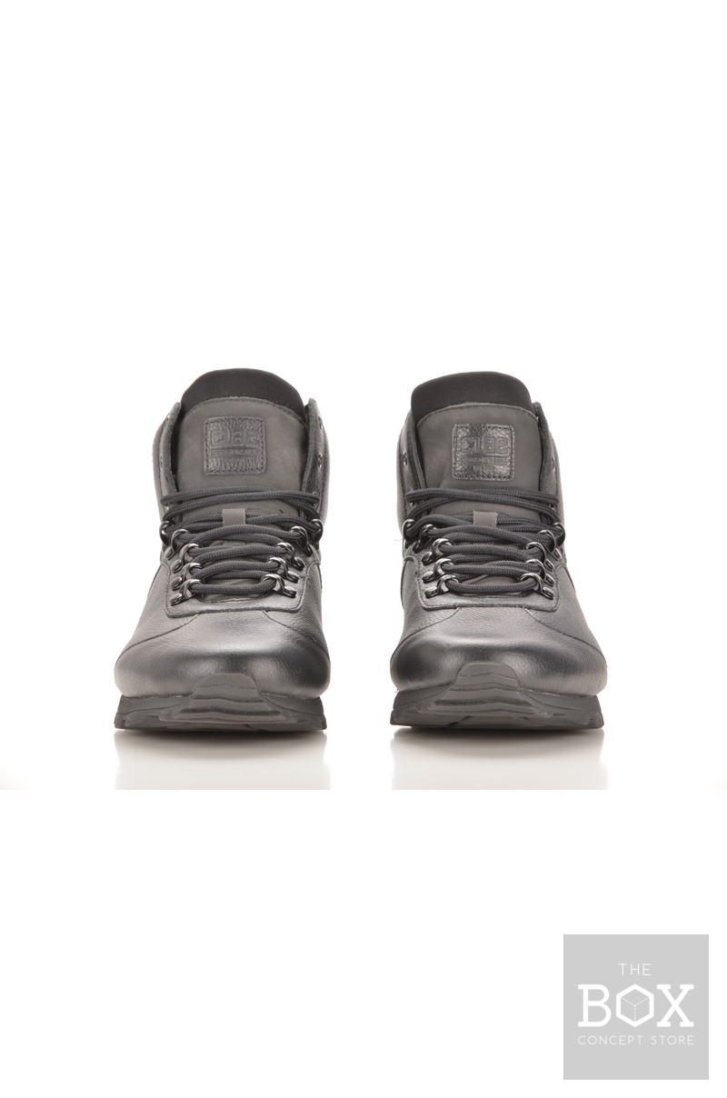 Clae Robinson Black Tumbled Leather