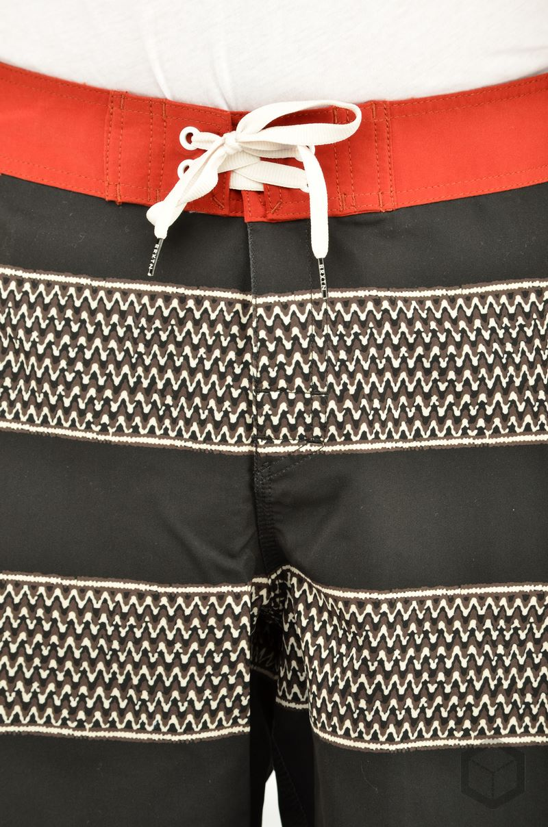 Brixton Barge Trunk  Black/Red